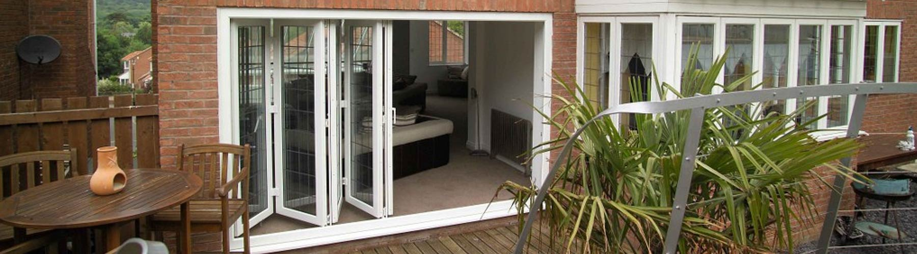 R700 Upvc Bi Fold Doors Bifold Doors Bi Folding Doors